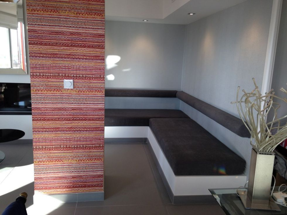 tapissier en meubles pour fauteuils int rieur aubagne. Black Bedroom Furniture Sets. Home Design Ideas